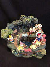 Snow White And The Seven Dwarfs Waterfall Lighted House Disney Figurine