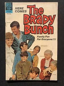 1970 DELL The Brady Bunch Original Comic Book #1 First Issue - Clean Condition!