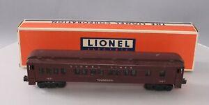 "Lionel 2627 Vintage O Lionel Lines Madison Heavyweight ""Madison"" Passenger Car"