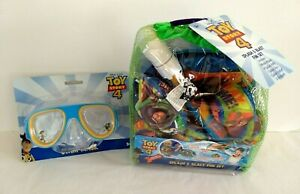 Disney Toy Story 4 Splash & Blast Fun Set Plus Toy Story 4 Swim Mask