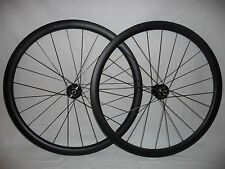 Carbonal 38mm deep x 25mm wide carbon disc clinchers.