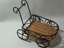 Planter Decorative Accessory Straw Metal & Wicker