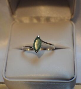 GLAMOROUS  2.15 ct.  NATURAL  EMERALD .925 STERLING  SILVER RING SIZE 6 to 10