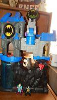Imaginext BATMAN Wayne Manor Batcave Playset DC Comics W/ 3 Figures DC Friends
