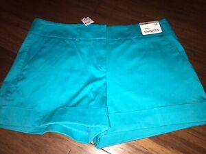 New York And Company mid rise  City stretch Shorts Size 10 NWT $39.95
