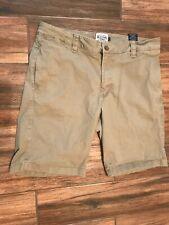 Olde School Khaki Shorts Size 36 AD53