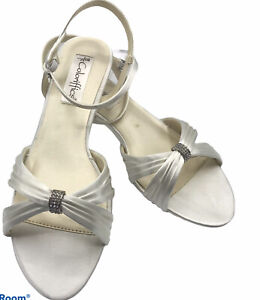 Coloriffics Women's Shoes Andie Kitten Heel White Dyeable Sandals