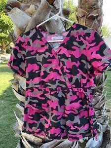 Women's Koi scrub top Stretch Camo Camouflage Pink & Black Medium Large Medical