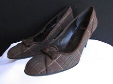 Stuart Weitzman Women Dark Brown Plaids Fabric Bow Pump Mid High Heels Shoes 8.5