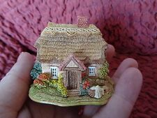 """LILLIPUT LANE - """"WASH DAY"""" COLLECTORS FREE GIFT, 1996/7 MODEL COTTAGE BOX & DEED"""