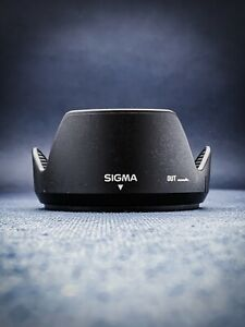 Sigma LH 680-01 Lens Hood For 18-200mm 24-70mm 18-125mm 28-300mm 28-200mm (62mm)