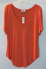 BUNDLE OF 2 OLD NAVY TOPS IN WOMENS SIZE LARGE ONE PIECE IS NWT