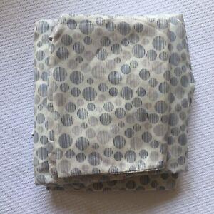 Twin Sheet Set Circles Pattern Polyester White Gray                           B2