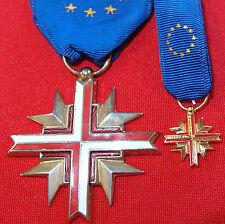 POST WW2 EUROPEAN CONFEDERATION VETERANS CROSS OF WAR MEDAL EU