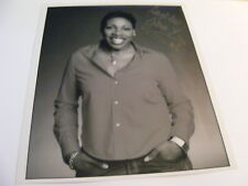 GINA YASHERE Signed Photo Autograph TV Stand-up Comedy Jay Leno Show