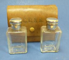 Kleine, antike Reisebar aus Leder für 3 Flacons (1 fehlt) - #16462