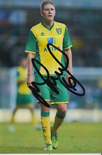 NORWICH CITY HAND SIGNED MICHAEL TURNER 6X4 PHOTO.