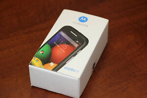 NEW SEALED Motorola Moto E (XT1022) GSM UNLOCKED SMART CELL PHONE BLACK