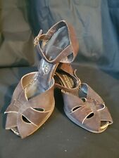 Vintage 1940's Brown and Gold Suede Peep Toe Heels Size 8.5 Mode Art