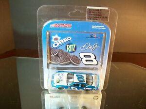 Dale Earnhardt Jr #8 Oreo Ritz 2004 Chevrolet Monte Carlo 1:64 Action 18,288