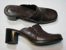 8 M Clarks Brown Leather Ladies Shoes Mules Clogs Women Stacked High Heel slipon