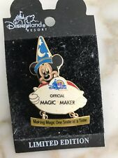 DLR Cast Create-A-Pin: Sorcerer Mickey with CM Name Tag le 2000 pin magic maker