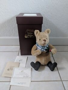 R John Wright Holiday Winnie The Pooh Doll 727/1000 SIGNED CHRISTOPHER ROBIN