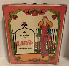 Hasbro Vintage 1971 World of Love Fashion Groovy Barbie Doll Clothes Case