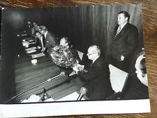 Original-Foto Rücktritt von Willy Brandt 1974  ROBERT LEBECK Silbergelatine