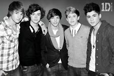 One Direction: Blanco Y Negro-Maxi Poster 61cm X 91,5 Cm (nuevo Y Sellado)
