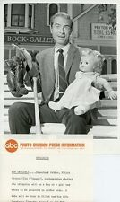 TIM O'CONNOR AND BABY DOLL PORTRAIT PEYTON PLACE ORIGINAL 1967 ABC TV PHOTO