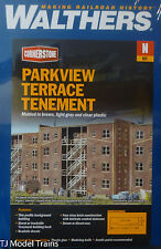 Walthers N #933-3259 Parkview Terrace Background Building -- Kit - Brown w/Light