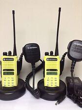 (2) MOTOROLA HT1250 UHF 403-470 128ch radio AAH25RDH9AA6AN w/ Charger Mic Xts Cp