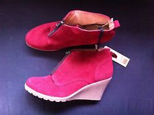 RIVERSOFT BURGUNDY LEATHER LINED WEDGED ANKLE BOOTS SIZE:  43 BN RRP$79.95