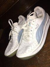 Puma Classic Womens Athletic Shoes Sz 9 Us