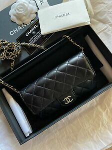 Chanel bag Glasses Case With Classic Chain in Lambskin
