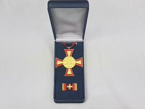 (S1-153) Bundeswehr Ehrenkreuz für hervorragende Einzeltat Gold im Etui