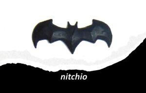 Mezco One:12 BATMAN DARKEST DAWN – MAGNETIC CHEST INSIGNIA (Small)