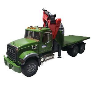 2007 Bruder MACK Granite Timber Truck Loading Crane Tilt Hoist Germany Green
