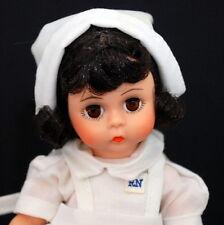 """Madame Alexander 8"""" Nurse #308 Brunette Doll Box Handtag"""