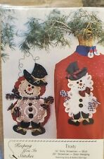 "Keeping You In Stitches pattern, Frosty 14"" Doily Snowman Shirt, & Door Hanging"