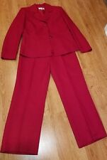 BEAUTIFUL RED Le Suit Pant Suit  size 10 PERFECT FOR THE HOLIDAYS