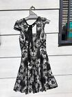Review dress in black and white in size 6