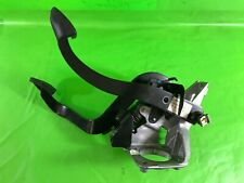 BMW X3 E83 BRAKE AND CLUTCH PEDALS ASSEMBLY 3331337 3414589 3414593 2006-2010