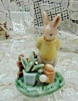 VINTAGE ceramic bunny figurine mid century cute.