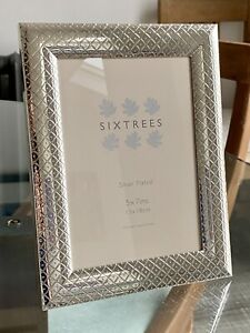 Sixtrees Silver Plated Diamond Patterned Border Frame, 5' x 7'