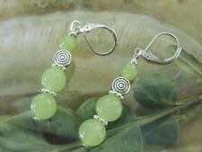 Designer Jade Ohrringe Earrings 8 mm hell -grüne Jade mit Brisuren rhodiniert