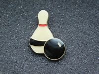 VINTAGE METAL PIN BOWLING BALL & PIN