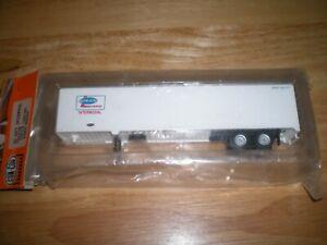Con-Cor HO scale Strick Lease 48' Intermodal Van Trailer, NIP