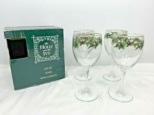 Royal Gallery Christmas Wine Goblets Set of 4 Holly and Ivy 1995 Style 061